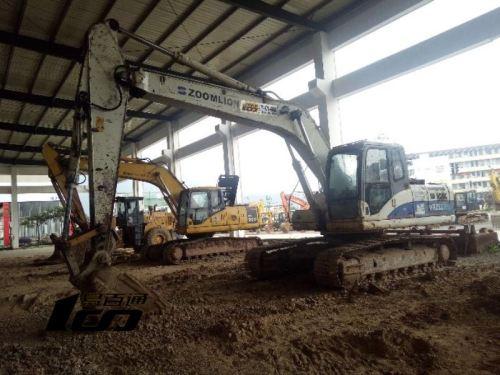 福州市出售转让二手2010年中联重科ZE230E挖掘机