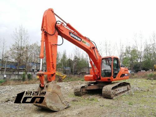 成都市出售转让二手2011年斗山DH225LC-9挖掘机