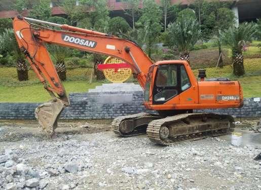 贵州出售转让二手8000小时2007年大宇DH220LC挖掘机