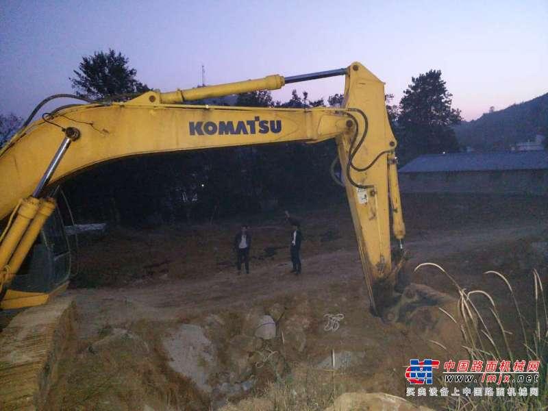 贵州出售转让二手8200小时2010年柳工920D挖掘机