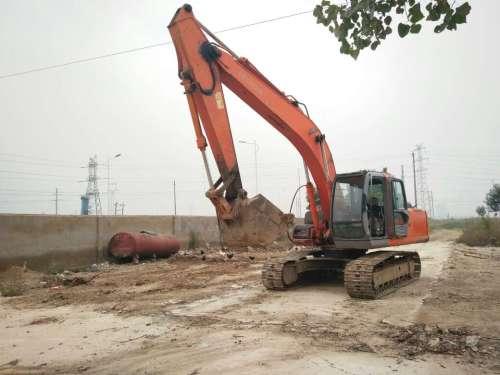 山东出售转让二手12000小时2004年日立EX200挖掘机