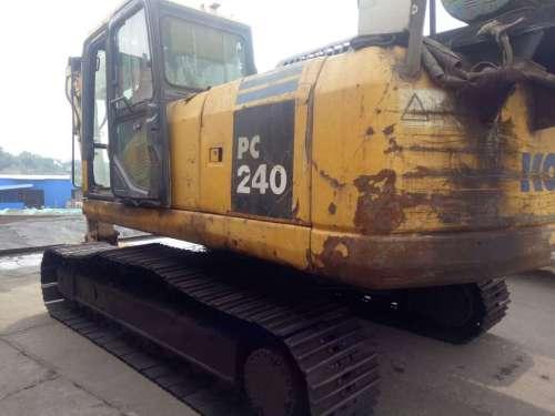 四川出售转让二手12000小时2008年小松PC220挖掘机