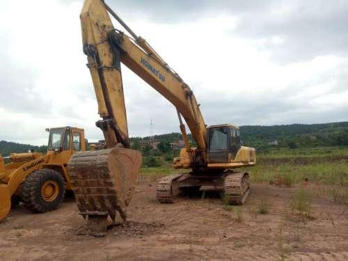 四川出售转让二手9000小时2010年小松PC400挖掘机