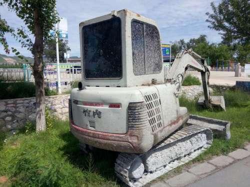 辽宁出售转让二手7000小时2010年竹内TB140挖掘机