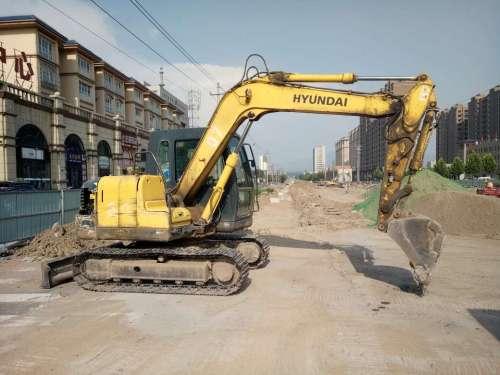 山西出售转让二手8700小时2013年现代R80挖掘机
