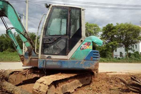 江西出售转让二手9000小时2011年石川岛65NSL挖掘机