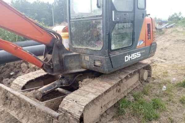 安徽出售转让二手8000小时2010年斗山DH55挖掘机