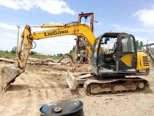 宁夏出售转让二手9200小时2011年柳工CLG908C挖掘机