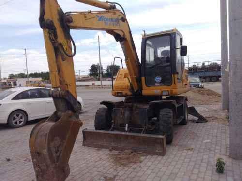 内蒙古出售转让二手6000小时2014年愚公机械轮挖WYL75挖掘机