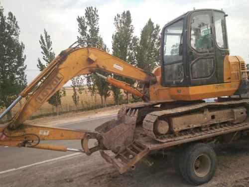 山东出售转让二手11000小时2008年福田雷沃FR65挖掘机