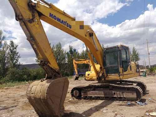 内蒙古出售转让二手15000小时2010年小松PC200挖掘机