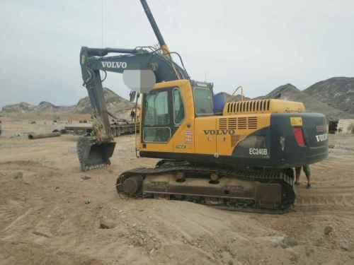 甘肃出售转让二手8000小时2010年沃尔沃EC240C挖掘机