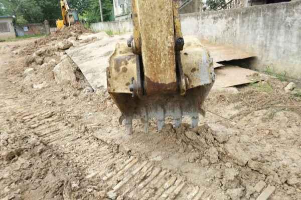 安徽出售转让二手5600小时2012年小松PC130挖掘机