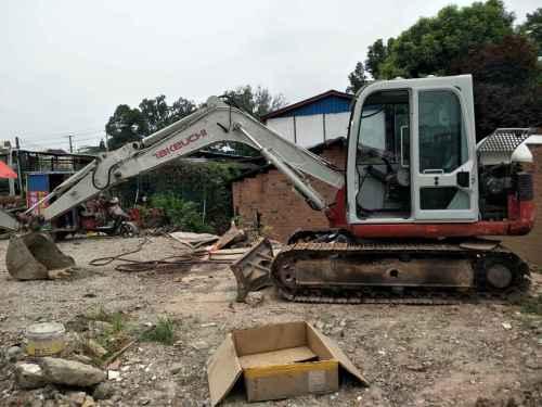 四川出售转让二手6253小时2011年竹内TB175C挖掘机