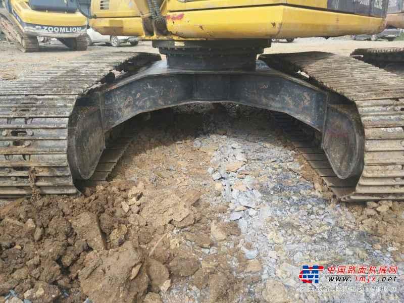 云南出售转让二手3000小时2013年中联重科ZE230E挖掘机