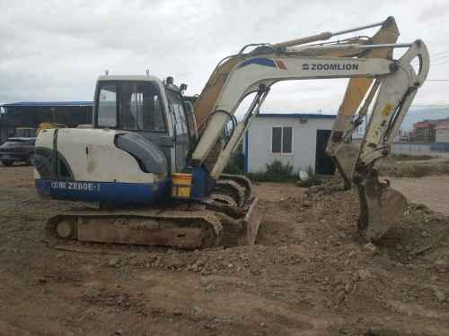 云南出售转让二手2800小时2013年中联重科ZE60E挖掘机