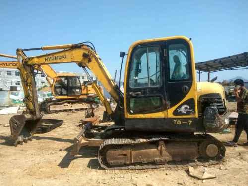 山东出售转让二手10000小时2006年现代R60挖掘机