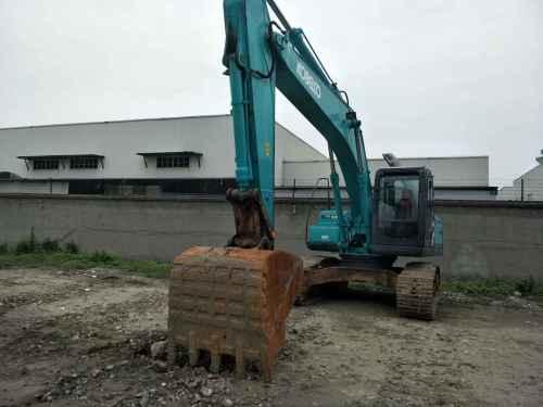 四川出售转让二手8953小时2011年神钢SK210LC挖掘机