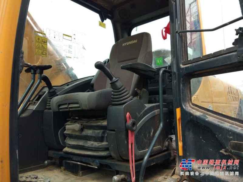 陕西出售转让二手8000小时2012年现代R225LC挖掘机