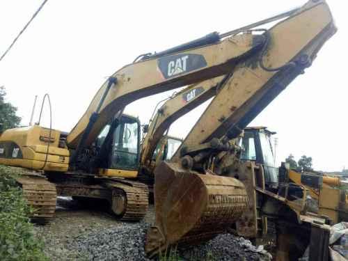 云南出售转让二手6830小时2012年卡特彼勒320D挖掘机