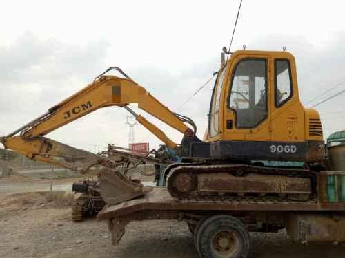 宁夏出售转让二手4800小时2013年山重建机JCM906D挖掘机