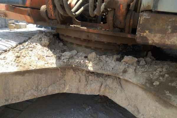 河北出售转让二手10000小时2003年日立EX200挖掘机