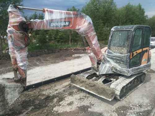 黑龙江出售转让二手12000小时2008年斗山DH60挖掘机