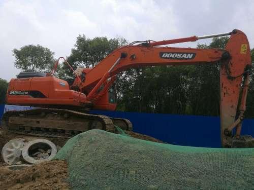 河南出售转让二手8240小时2010年斗山DH220LC挖掘机