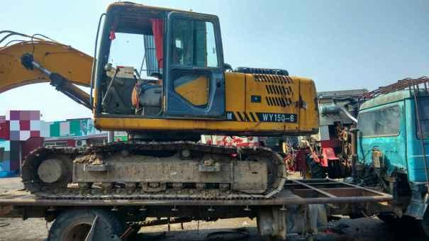 河北出售转让二手8000小时2009年宝鼎WY120挖掘机