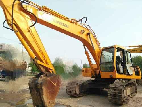 山西出售转让二手15000小时2006年现代R220LC挖掘机