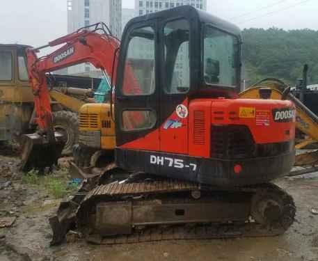 贵州出售转让二手4500小时2010年斗山DX60挖掘机