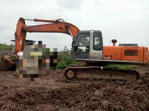 四川出售转让二手15000小时2010年日立ZX250H挖掘机