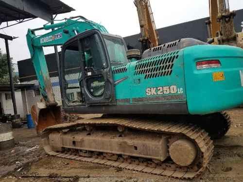 四川出售转让二手5500小时2012年神钢SK210LC挖掘机