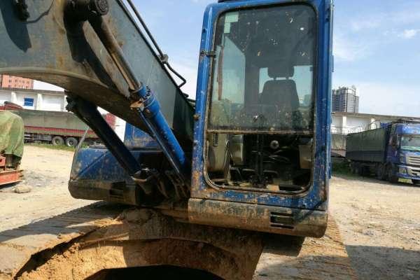 江西出售转让二手5000小时2013年恒天九五重工JV150挖掘机