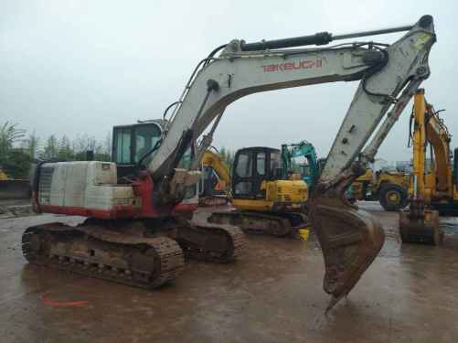 四川出售转让二手9000小时2011年竹内TB1135C挖掘机