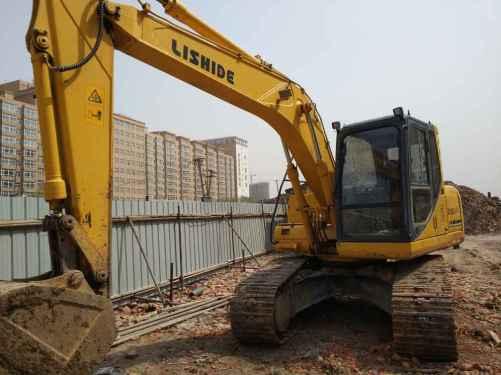 黑龙江出售转让二手2006小时2011年力士德SC160LC挖掘机