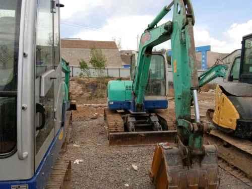 甘肃出售转让二手9500小时2010年石川岛60N挖掘机