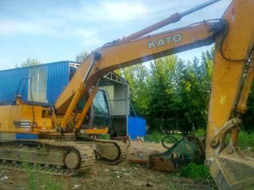 河南出售转让二手6000小时2013年加藤HD820R挖掘机