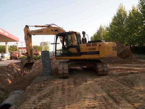 河北出售转让二手11000小时2008年厦工XG822LC挖掘机