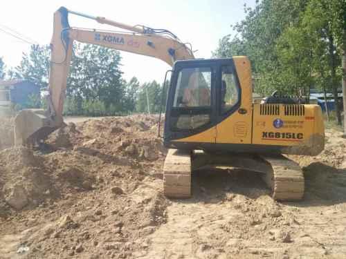 河南出售转让二手4500小时2012年厦工XG815挖掘机