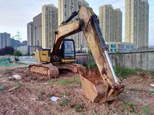 湖南出售转让二手12301小时2010年加藤HD820挖掘机