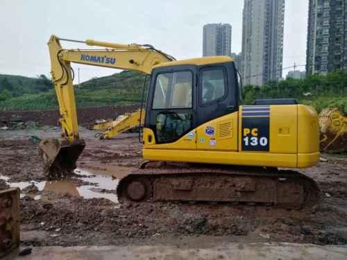 重庆出售转让二手8000小时2011年小松PC130挖掘机