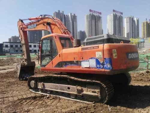 山西出售转让二手8000小时2010年斗山DH300LC挖掘机