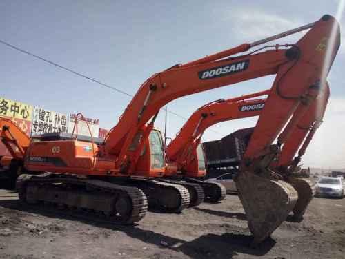内蒙古出售转让二手7000小时2010年斗山DH300LC挖掘机