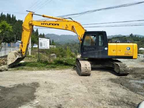 重庆出售转让二手10000小时2009年现代R225LC挖掘机