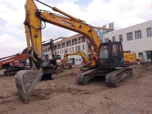 内蒙古出售转让二手20000小时2003年住友SH240挖掘机
