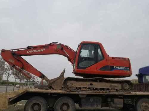 宁夏出售转让二手8500小时2009年斗山DH150LC挖掘机