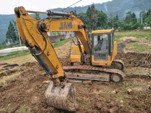四川出售转让二手3000小时2013年晋工JGM915挖掘机