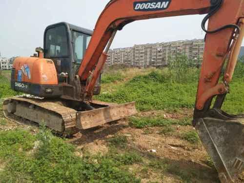 江苏出售转让二手8000小时2011年斗山DH60挖掘机