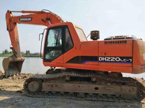 江苏出售转让二手5700小时2010年斗山DH220LC挖掘机